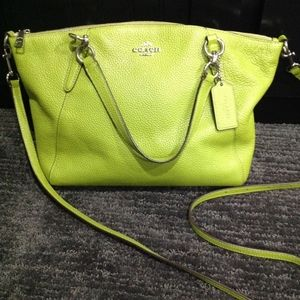 Rare Coach Authentic Kelsey Pebbled Leather Green